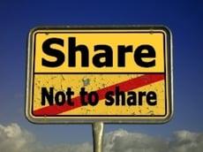 Share-Social-media-risk.jpg